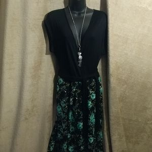 XL green and black floral dress